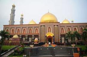 Masjid Berkubah Emas di Dunia
